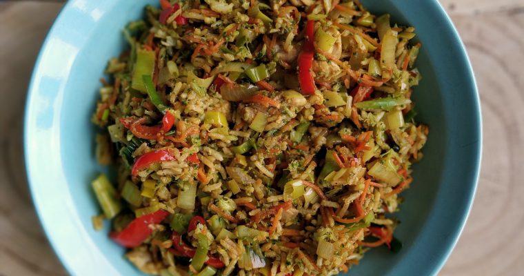 'Nasi' variatie met broccoli rijst en masala kruiden